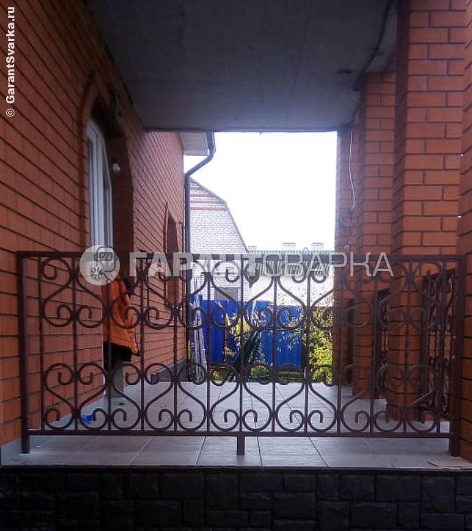 Фото: сварные ограждения в частный дом